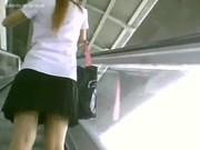 xxxแอบตามส่องกกน.นักศึกษาสาว ขึ้น บันไดเลื่อน BTS อ่อนนุช ครับ สี… ดูด่วนเลย