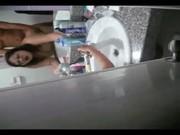 """ถ่ายเมียตัวเองกับเพื่อน แอบเย็ดกันในห้องน้ำ เสียงไทย ร้อง""""เสียวหีจังเลย """" เสียงไทยชัดเจน"""