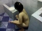 หลุดน้องปอยฝ้ายอีกแล้วครับ ถ่ายหลังเย็ดเสร็จ คลิปที่ 2 แม่งแฟนยังตามมาถ่ายถึงในห้องน้ำ หลุดว่อนเน็ต เด็กเรียน