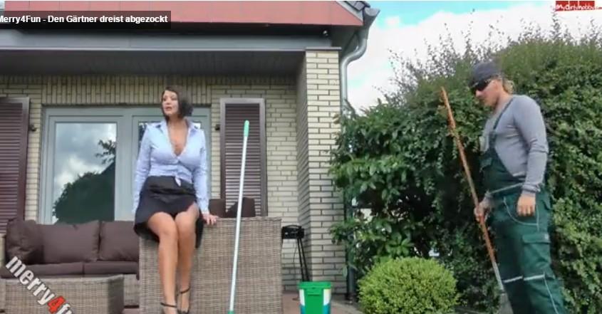 หนัง AV ฝรั่งเย็ดกับคนสวนที่บ้านผัวไม่อยู่เลยต้องพึ่งคนอื่นมาช่วยไปก่อนลีลาดีจริงๆ