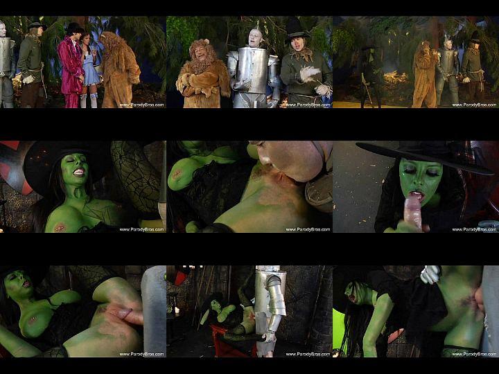 ตอนรับวัน Halloween กันหน่อยแม่มดตัวเขียวจะออกมาหลอกแต่กับโดนล่อสะเองโดนรุมเย็ดหนักเลียจนหีซีด