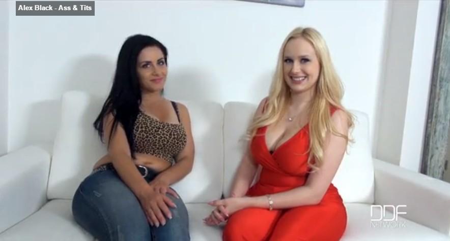 คลิปโป๊สาวฝรั่งสองคนแก้ผ้าอวดหุ่นกันสุดเสียวสาวเสื้อแดงนมใหญ่สุดๆขาวมากเด็ดน่าเย็ดทั้งคู่