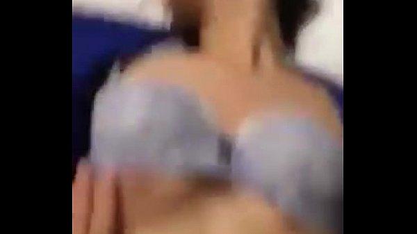 เย็ดสาวแบงค์คายูนิฟอร์มเด็ดจริงๆแบงค์ไหนน๊าา xxxสีน้ำเงินแบบนี้ ห้ามพลาดเลยค รางเสียวหน้าตาดี เห็นหีชัดเจน