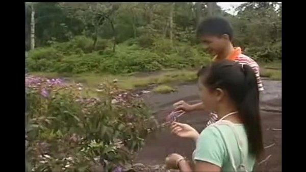 XXX หนัง X THAI เด็ดๆ เย็ดกันกลางป่ากลางเขา ใส่สดไม่พกถุง เด็ดมากๆ น้ำหีแตกจริง เยิ้่มกระจาย หีอย่างโหนก ผู้หญิงเสร็จจริงๆ