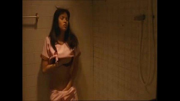 xxx สมัยอุ้ม ลัคนา สาว ๆ ยืนเกี่ยเบ็ดในห้องน้ำ เห็นนมเป็นเต้า ใหญ่มาก เนื้อก็แน่น