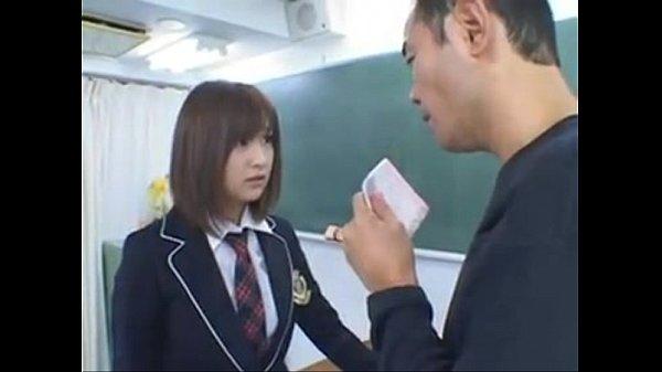เจออาจารย์พละข่มขืนในห้องเรียน ฉุดกระชากเย็ดได้โหดเถื่อนมาก หมอยอย่างดก หีใหญ่มาก เลียทีเต็มปาก