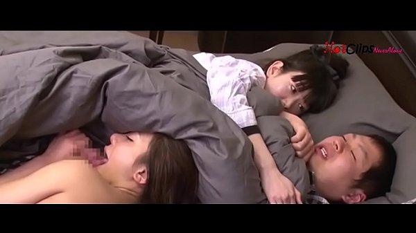Jav อย่างเด็ดสาวญี่ปุ่น ตั้งกล้องเอากับแฟน นอนแหกแข้งแหกขาแล้วเย่อ ได้เอาทีสองสาวเลย