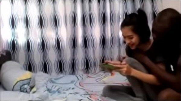หลุดสาวไทยมีแฟนเป็นนิโกร โดนตั้งกล้องเย็ดหีโดนควยใหญ่ๆแบบนี้น่าจะเจ็บหีน่าดู เสียวขนาดนี้เด็ดจริงๆ