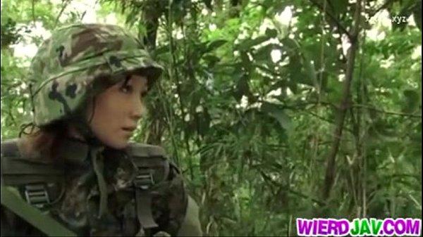 ทหารสาว โคตรข้าศึกจับเป็นเชลย สวยๆอย่างนี้ ต้องจับมัดแล้วขืนใจให้เข็ด นักรบใช่ไหม 18+ xxx