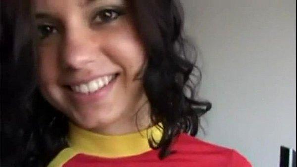 สาวบราซิลโคตรเด็ดหน้าอย่างสวย มาในชุดสีแดงของเทอพร้อมถอดหมดรอโดนเย็ด