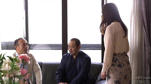 ลูกสะใภ้สาวแว่นเซ็กจัดโดนพ่อผัวลวนลามบังคับให้อมควย Porn japan จับอ้าขาเลียหีเย็ดในห้องกินข้าวนมใหญ่หุ่นxxx