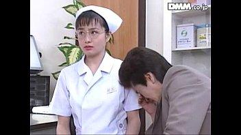 AVหนังโป๊โบราน แนวพยาบาลกับคนไข้ แลกเสียวคนในโรงพยาบาลญี่ปุ่น แคสติ่งฉากเย็ดโดย อาซามิ โจ นางเอกดังเมกะเรนเจอร์ เข้าวงการครั้งแรกเย็ดโครตมันส์ควย