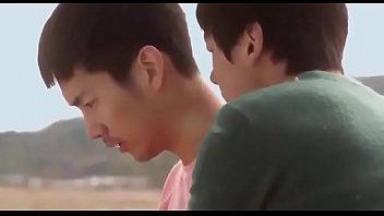 หนังโป๊เกย์เกาหลี ดูกันแบบเต็มเรื่อง โรงเรียนผู้ชายเขาชอบเย็ดตูดกัน โดนเพื่อนหลอกมาลงแขกติดใจกลายเป็นกะหรี่ชาย โตมาขายตูด