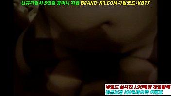 เย็ดตั้งกล้องxxx หนังแอบถ่ายเกาหลี ตามถ่ายผัวเมียมาเย็ดในโรงแรม จับกดหีหลายท่า แหกขาเอาควยเสียบ เย่อหีกันมันส์