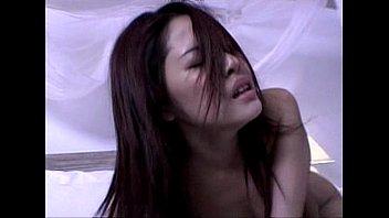 จัดเต็มกับหนังโป๊เต็มเรื่อง คนไทยเย็ดกันThreesome เอาให้เมียหายร่าน เขี่ยหีจนแฉะแล้วยัดควยเข้าไป ครางเสียวไม่หยุด