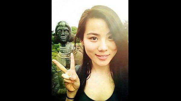คลิปโป๊นักศึกษาปลุกแฟนมาเย็ดตั้งกล้องถ่ายคลิปเย็ดเมียโชว์เพื่อนจับเมียหีหีขาวสวยหีเนียน