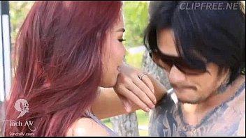 Erotic หนังโป๊ไทยในตำนาน พระเอกควยใหญ่เย็ดมั่วตามข้างถนน หลอกฟันหีสาวไทย ชายเงี่ยนโคตรหื่น เห็นหีสวยๆแล้วควยแข็ง