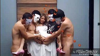 หนังXไทย เย็ดจริงแตกจริง เน็ตไอดอล ปิงปิง ถ่ายหนังโดนลงแขก จับอุ้มแหกหีแล้วรุมเอาควยกระแทก ดูฟรีHDคุณภาพชัดแจ๋ว