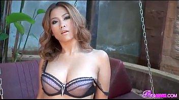ถ่ายแบบโป๊ 18+ สาวไทยหุ่นแซ่บ นมโตหีหมอยดก นั่งแหกขาให้ถ่ายรูป โป๊สดๆโชว์ติ้วหียั่วตากล้อง หีสวยน่าเย็ดจริงๆ