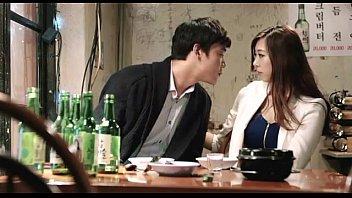 หนังเรทอาร์ Erotic หลอกมอมเหล้าสาวสวย แล้วเย็ดตอนกำลังเมา จับนอนแล้วดูดหี เย็ดสดxxxสาวเกาหลี มันส์จนดึงควยไม่ออก