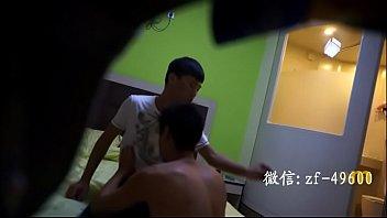 หนังโป๊ลับ RO89 เกย์จีนแอบมาเปิดห้องเย็ดกันที่เชียงใหม่ นอนถอกควยรอคู่ขา มานั่งขย่มเย็ดแบบสะใจ