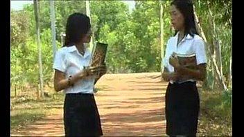 หนังอาร์ไทย 99 นางเอกสาวนักศึกษาแอบเป็นกะหรี่ตอนดึก xxxขายหีให้คนรวย เพราะเธอชอบให้ควยมาเย็ด