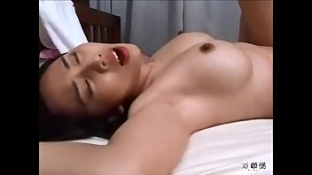 หนังไทย Erotic โจรหื่นข่มขืนถึงห้องนอน เย็ดแรงจนหีแหก xxxสาวไทยหมอยดก น้ำเงี่ยนแตกในจนติดหมอย