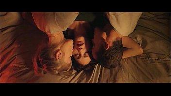 หนังโป๊คุณภาพระดับโลก Love 2015 ตัดฉากเซ็กส์แห่งรักสามเศร้า คู่PORNฝรั่ง18+ หลงควยผู้ชายคนเดียวกัน เลยเย็ดมั่วสวิงกิ้งแบบที่เห็น