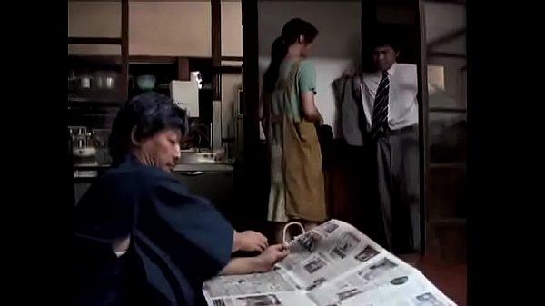หนังXญี่ปุ่น พ่อผัวเงี่ยนจัดได้จังหวะลูกไม่เห็นจับเมียลูกขืนใจแล้วจับกระหน่ำเย็ดหี